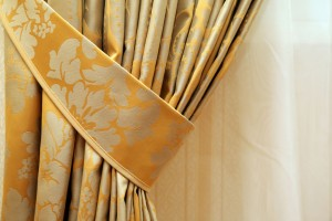 How To Clean Drapery By Yourself
