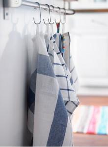 dish-towel-curtain-DIY